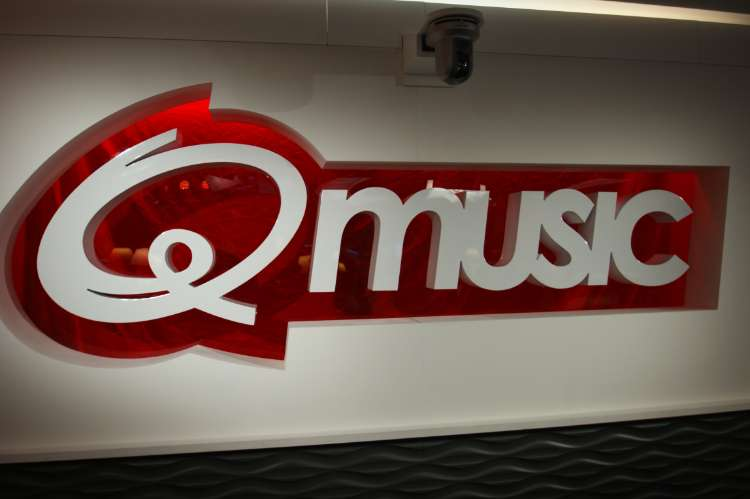 Radiostudio - Qmusic  (2)