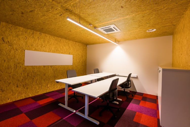 Coworking space - C-Mine Crib (18)