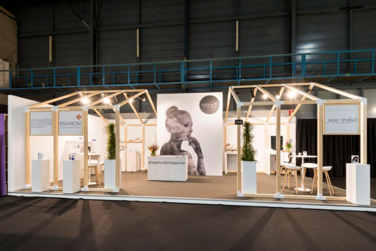 Hélène V schittert op Beauty Trade Fair (1)