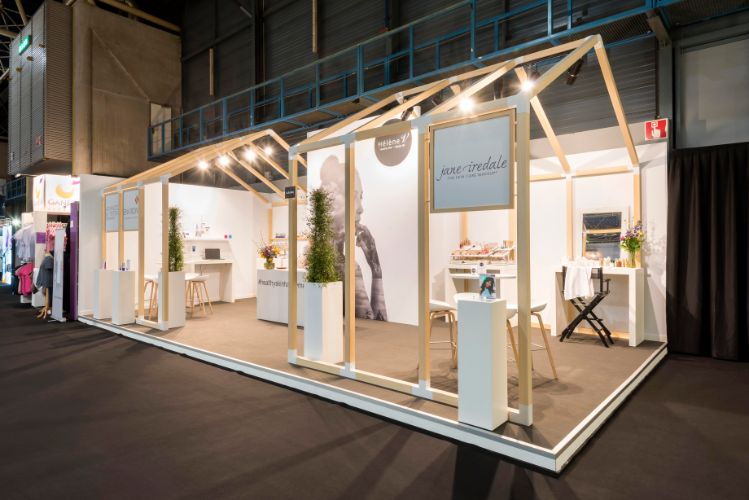 Hélène V schittert op Beauty Trade Fair (2)