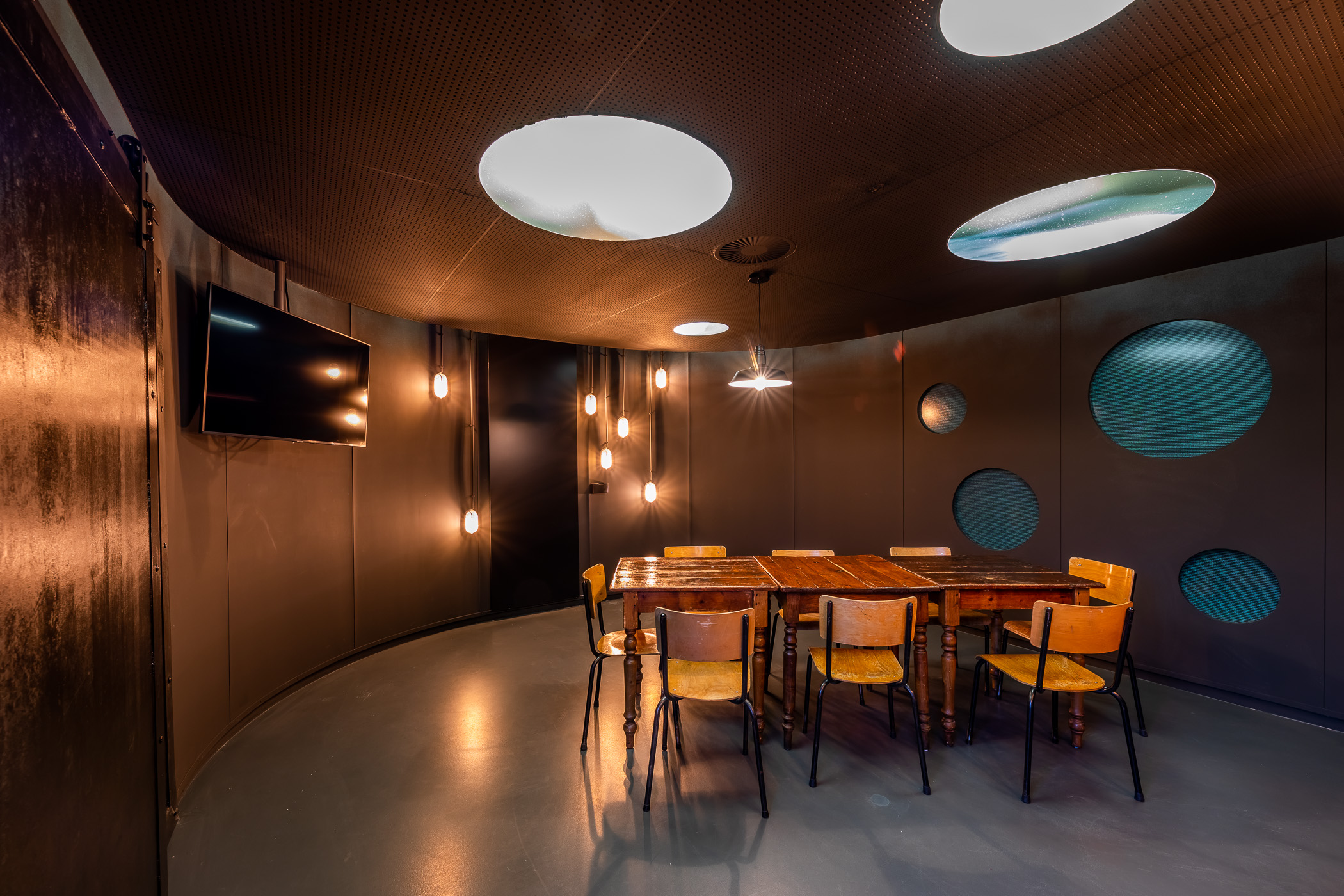 Meeting room De Mol - SBS Belgium (4)